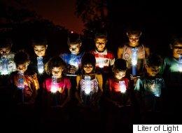 페트병으로 만든 램프가 빈곤 국가들에 빛을 선물하다(사진)