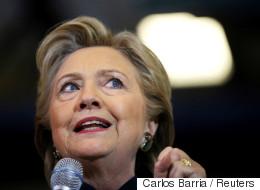 Par ses propos, Trump «menace notre démocratie», estime Clinton