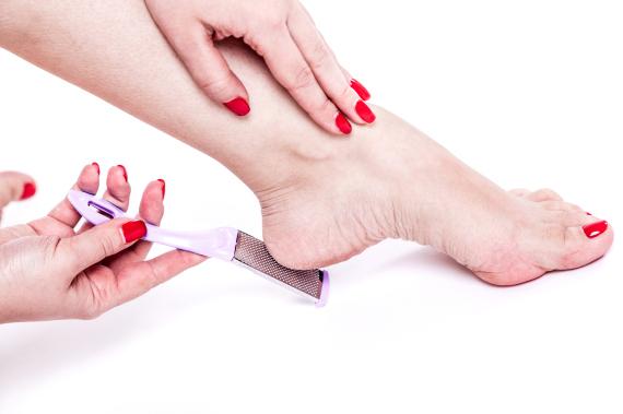 feet woman
