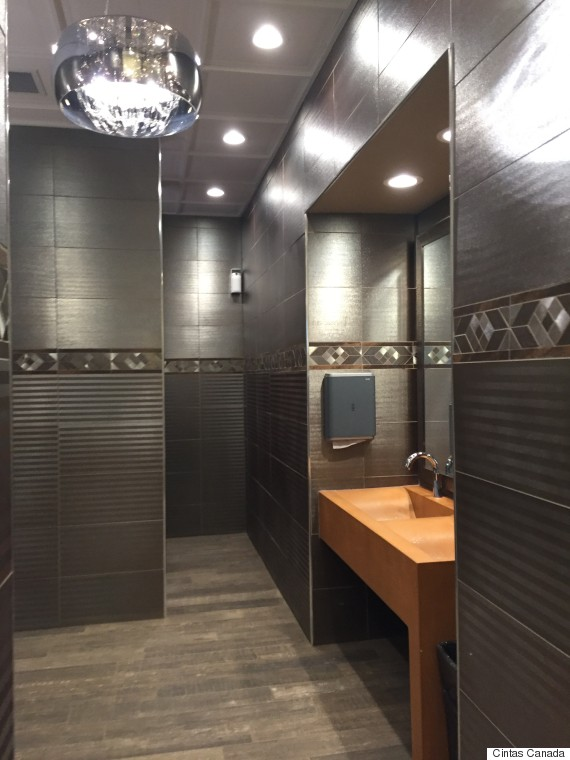 Canada 39 S Best Restroom Whitecourt Gas Station Bathroom Named To Top 5