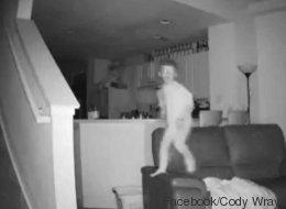 Voilà ce que font vos enfants pendant que vous dormez... et ça fait peur! (VIDÉO)