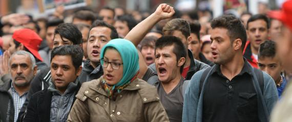 FLUECHTLINGE PROTEST