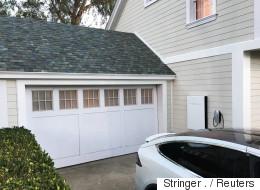 Tesla dévoile des toits solaires pour une maison écolo