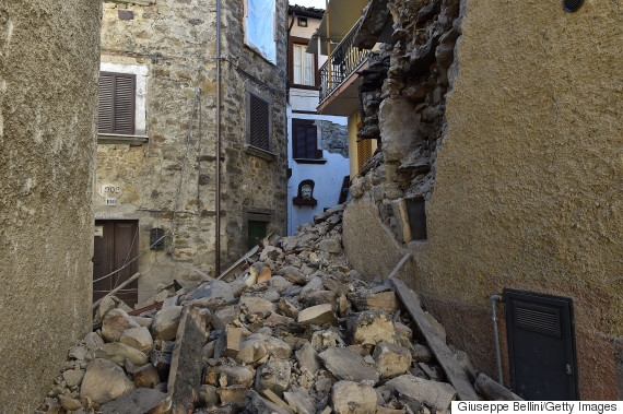 italy earthquake october 30