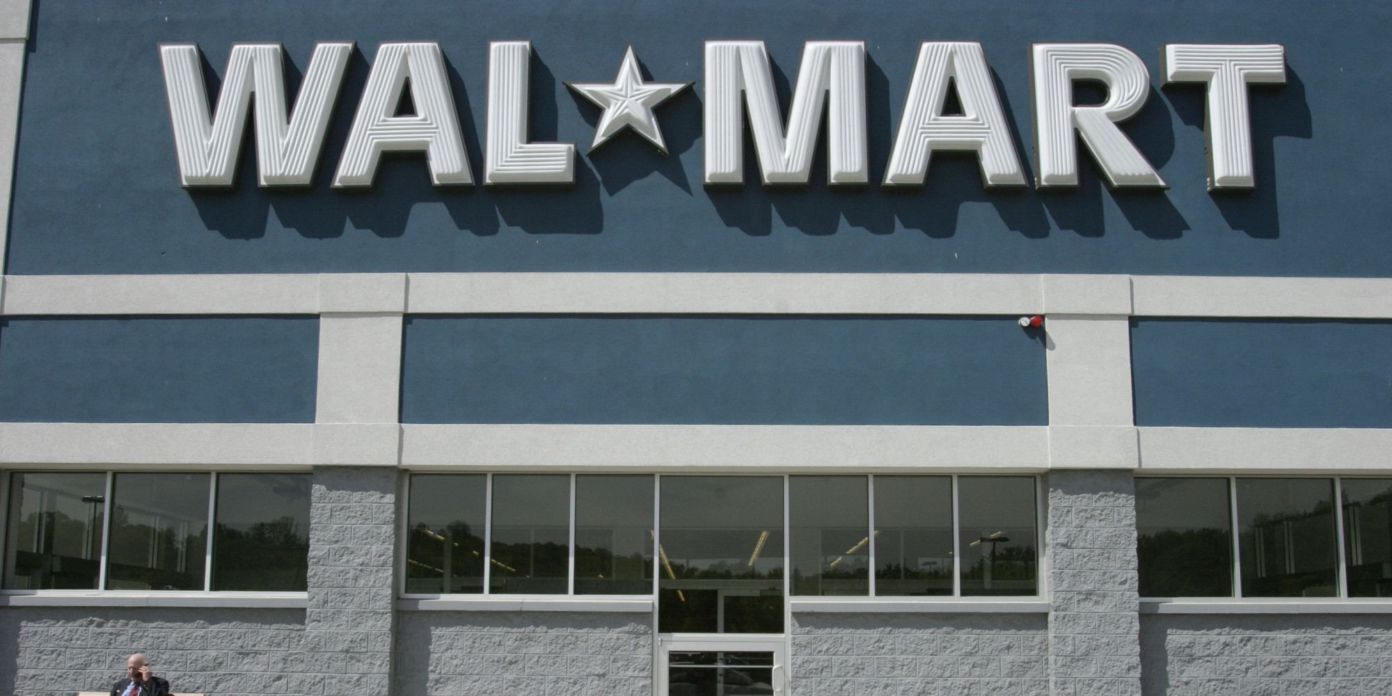 walmart is good for america essay Whether wal-mart has been, on net, good or bad is a complicated  as barry  lynn argued in his harper's essay breaking the chain, and as  it has lowered  prices for american workers -- even those who don't shop at.