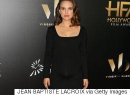 Natalie Portman nous montre sa bedaine dans une robe moulante