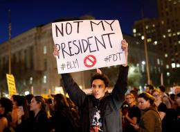 آلاف الأميركيين يتظاهرون احتجاجاً على فوز ترامب..