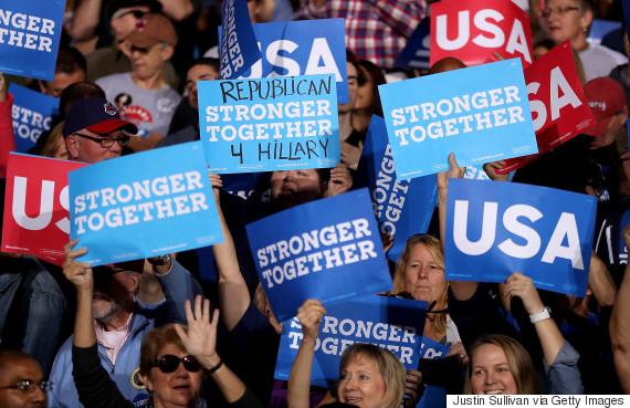 hillary clinton supporters sign