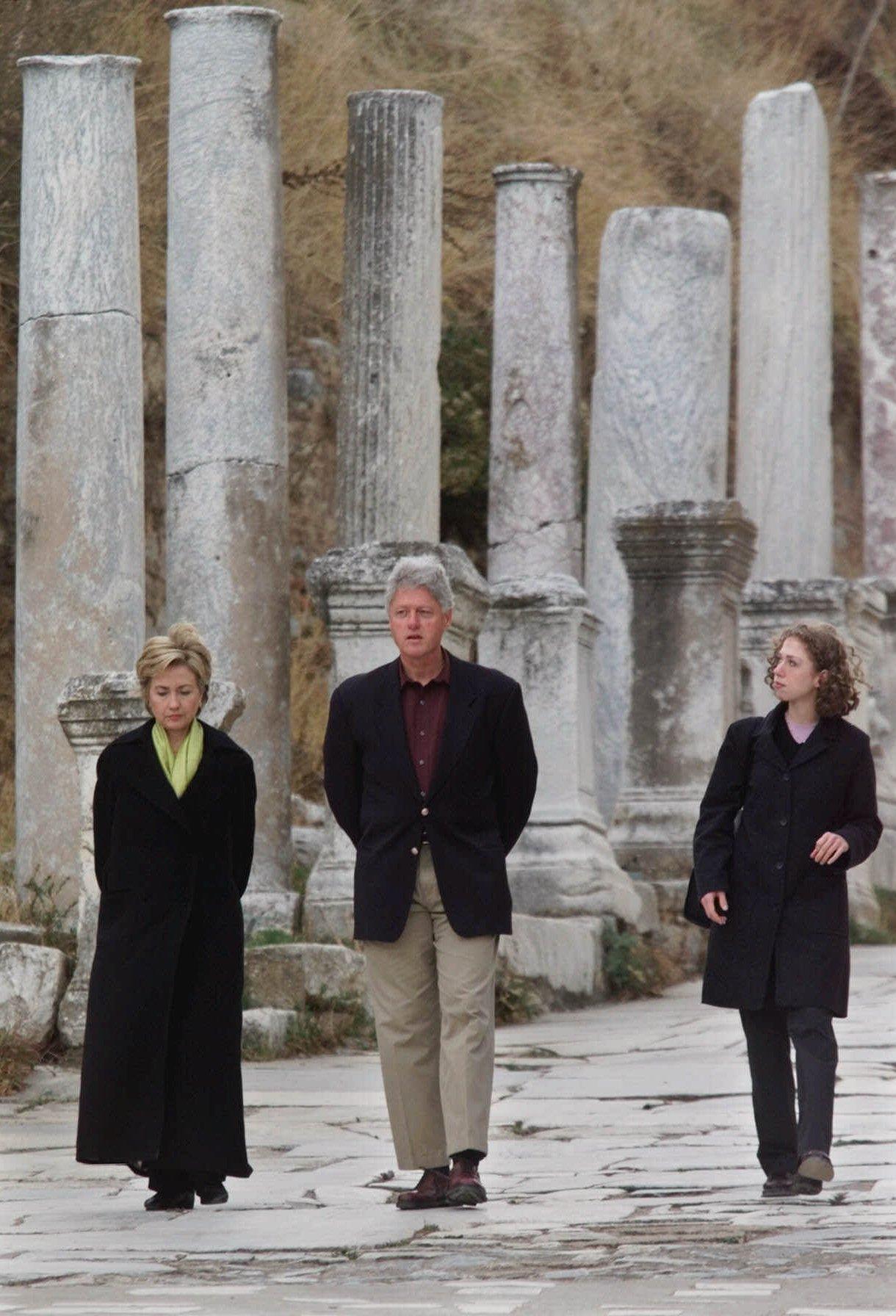 clinton greece 1999