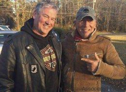 Ils secourent un motard sur la route... et c'est Bruce Springsteen