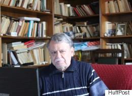Ο γιος του ανθρώπου με το γαρύφαλλο, Νίκος Μπελογιάννης μιλά στη HuffPost Greece: «Δεν πούλησα την ψυχή μου σε κανέναν διάβολο»