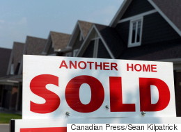 Sudden Interest Rate Hike Could Tank House Prices 30%: CMHC