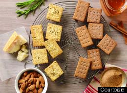 Craquelins au romarin et au parmesan et pulpe d'amande