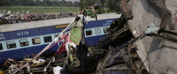 INDIA TREN ACCIDENTE