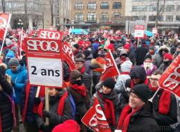 Des milliers de professionnels du gouvernement manifestent à Québec