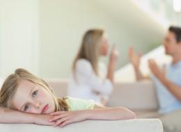 تختلفين مع زوجك حول تربية الأولاد؟.. إليك 7 حلول لإدارة الخلاف
