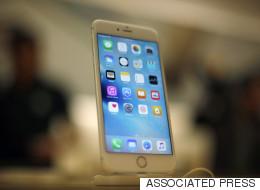 아이폰6s 배터리 교체 물량 부족으로 소비자들이 애태우고 있다