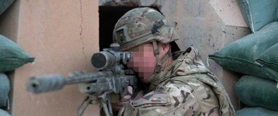 أشهر قناص بريطاني محبط في العراق.. تخرج في قرى تعدين الفحم وأمضى 20 عاماً في الجيش.. هذه قصته مع داعش