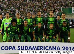 이 브라질 축구선수들이 탄 비행기가 추락했다