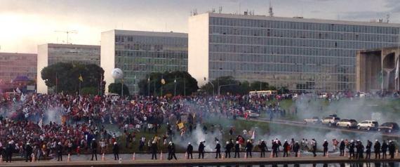PROTESTO TEMER