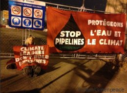 Oléoducs: coup d'éclat de Greenpeace au port de Montréal