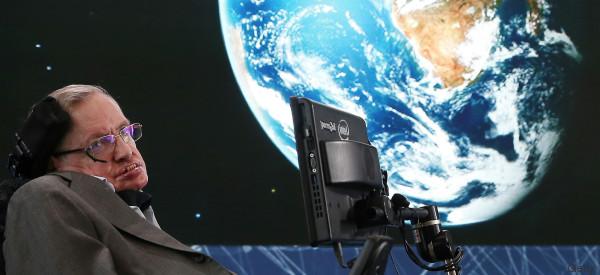Stephen Hawking volerà nello spazio