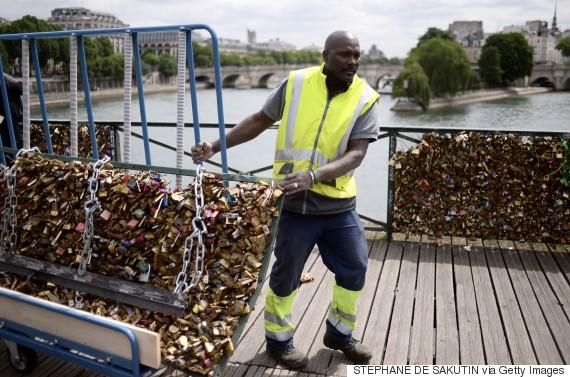 love lock paris