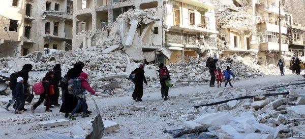 Siria detiene los bombardeos sobre Alepo, pero siguen los disparos
