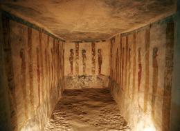 مقبرةٌ ملكية على شكل سفينة في مصر تكشف كيف احتفى الفراعنة بأجساد موتاهم