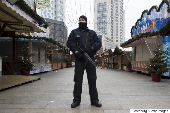 berlin christmas market suspect manhunt
