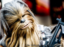 Chewbacca se lance dans une folle interprétation de «Silent Night»