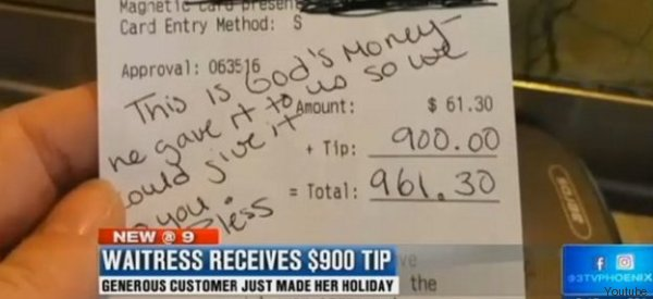 Incinta di 9 mesi riceve 900 dollari di mancia da una sconosciuta