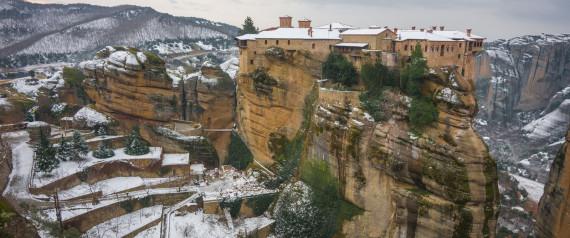 METEORA IN SNOW