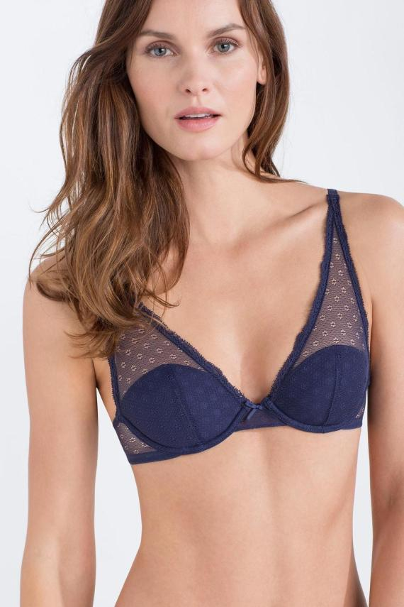 woman small bra