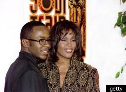 L'ex-mari de Whitney en larmes