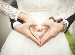 نصائح من أزواج منفصلين: أمور ينبغي على الشريكين أن يجمّلاها في 2017