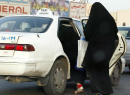سائق تاكسي سعودي يحصّل 20 ألف ريال شهرياً وآخر يتملّك منزلاً من الوليد بن طلال