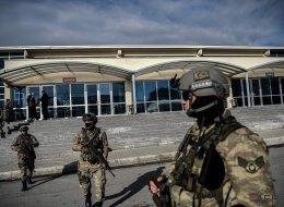 Ocho detenidos por el ataque a la discoteca de Estambul en Nochevieja