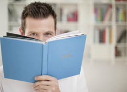 كيف تتفاعل مع الكتاب بالمخ والعضلات؟ 5 نصائح تساعدك على الاستفادة القصوى من القراءة