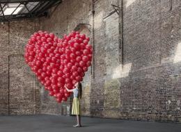 استرخ ولا تغير من نفسك.. القواعد العشر لتعثر على حب حياتك في 2017