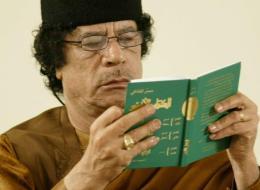 طغاة لكن أدباء ! القذافي والخميني وماو تسي تونغ.. تعرَّف على الجانب الإبداعي لـ7 رؤساء