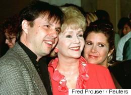 Pourquoi l'urne funéraire de Carrie Fisher est-elle en forme de pilule de Prozac?