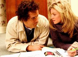 لماذا صديقِك المقرب قد يكون أفضل حبيب؟.. إليكِ 11 سبباً
