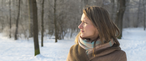 BLONDE WOMAN SERIOUS FILTER WINTER