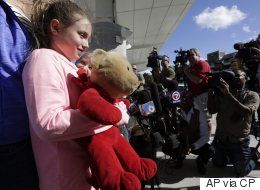 Ontario Girl Reunited With Teddy After Fort Lauderdale Shooting