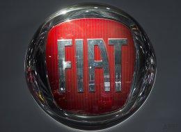 EEUU acusa a Fiat de trucar 104.000 vehículos