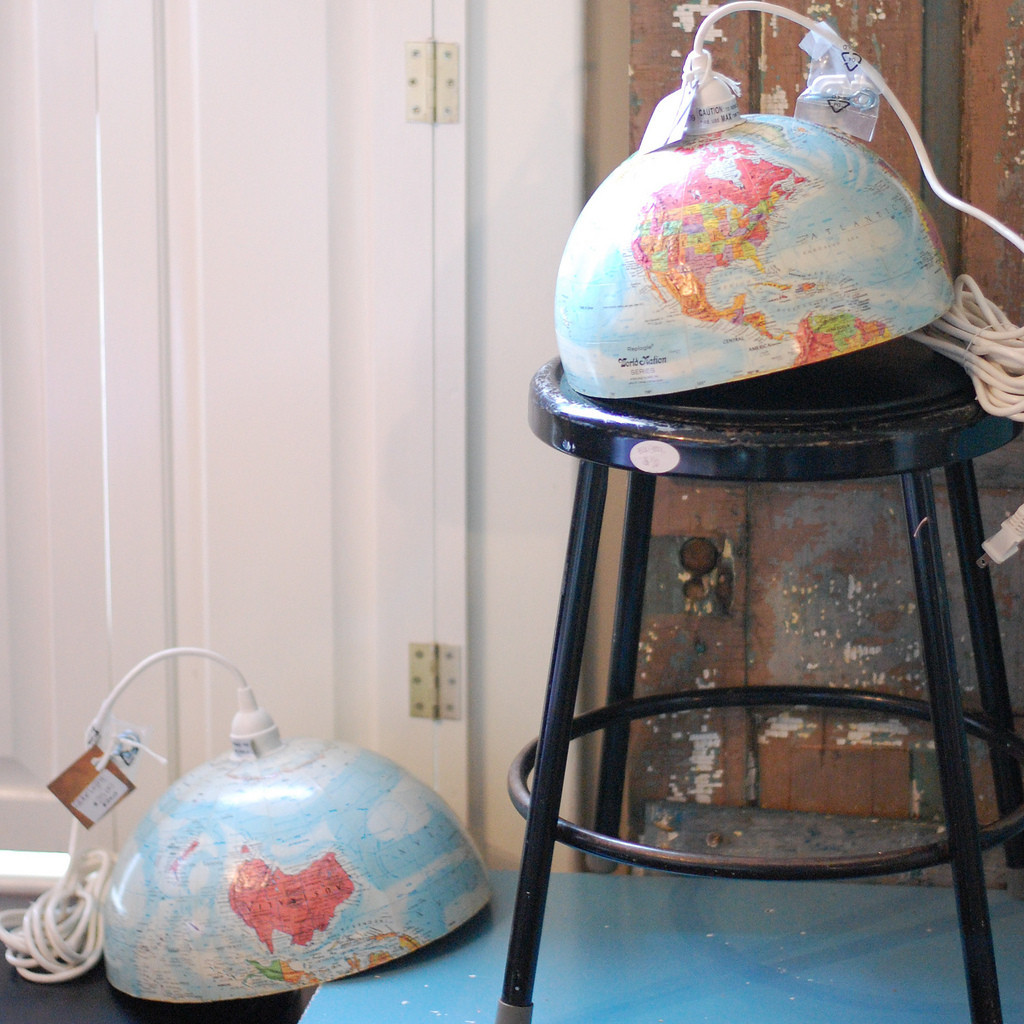 how to make a vintage globe lamp huffpost. Black Bedroom Furniture Sets. Home Design Ideas