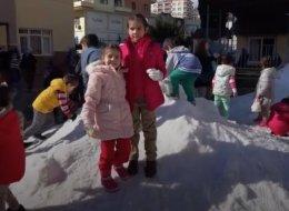 هكذا أسعدت الحكومة التركية أطفالاً لم يلعبوا بالثلج من قبل