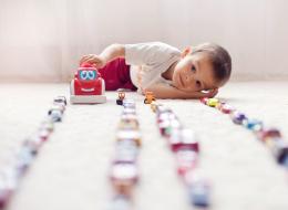 تحذير للآباء: هذه الألعاب قد تصيب أطفالكم بضعف السمع!
