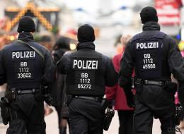 Fußfessel-Debatte: Wie mit der Terror-Hysterie unsere Grundrechte abgebaut werden